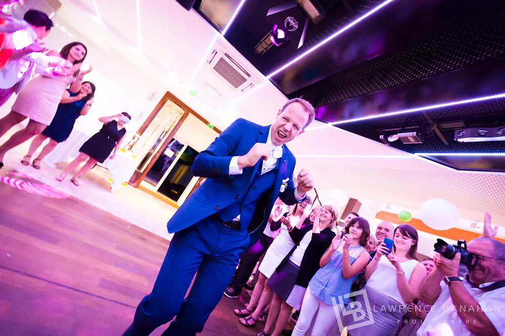 47-Photographe-Reportage-photo-mariage-Saint-Raphael-Danse-soiree-47