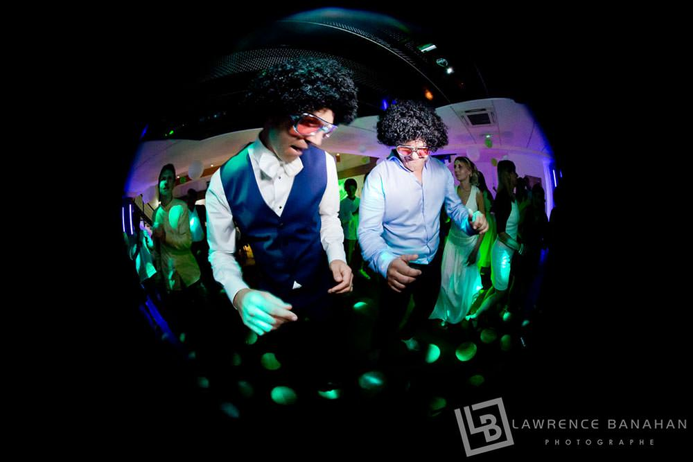 51-Photographe-Reportage-photo-mariage-Saint-Raphael-Danse-soiree-51